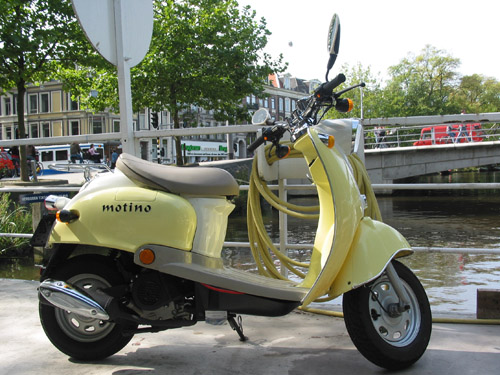Motino Scooter